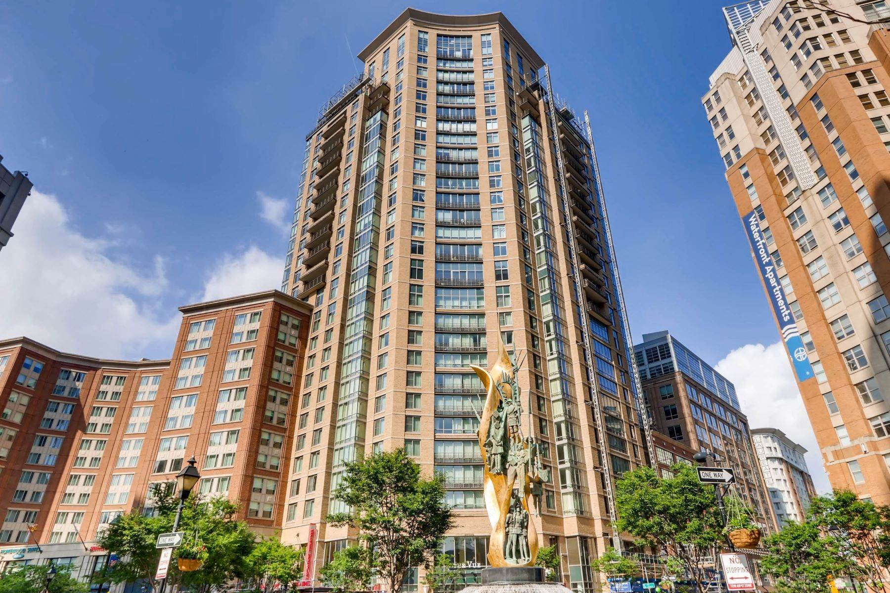 Condominiums for Sale at The Vue Condominium 675 President Street #2608 Baltimore, Maryland 21202 United States