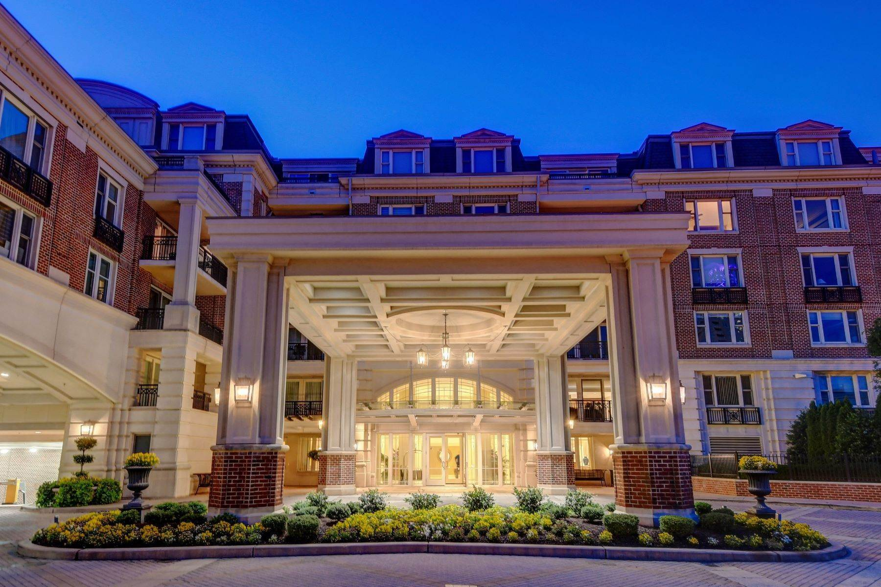 Condominiums for Sale at The Ritz-Carlton Private Residences 801 Key Highway #P-30 Baltimore, Maryland 21230 United States