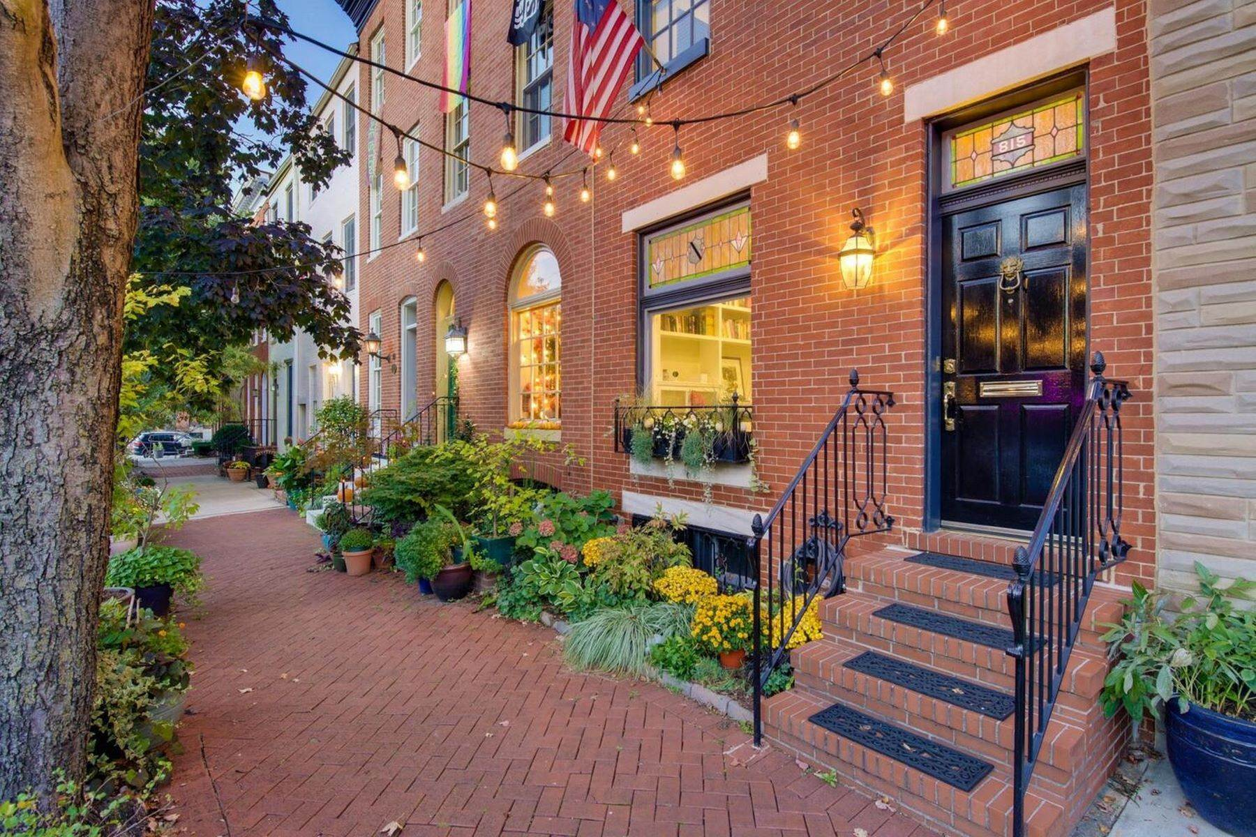 townhouses for Sale at Federal Hill Townhouse 815 William Street Baltimore, Maryland 21230 United States