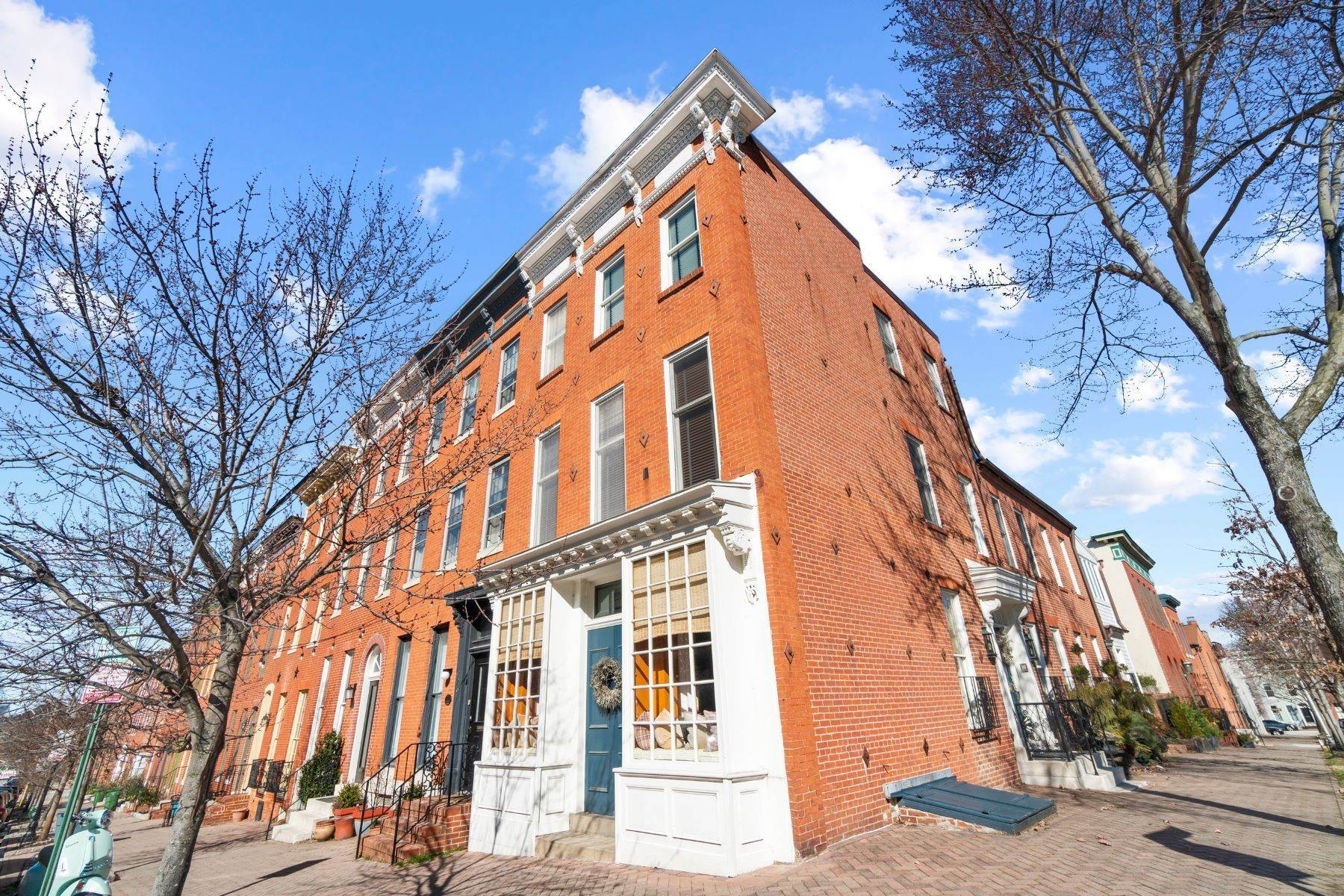 townhouses for Sale at Federal Hill End of Row Townhouse 228 Warren Avenue Baltimore, Maryland 21230 United States